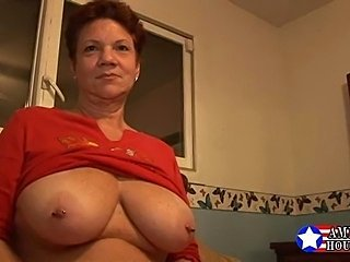 Amateur Big Tits Chubby Mature Natural Nipples Piercing Redhead