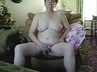 Amateur Chubby Homemade Masturbating Wife