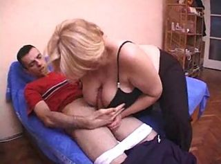 Amateur  Big Cock Big Tits Mom Old And Young Tits Job