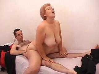 Amateur  Big Tits Glasses Mom Natural Old And Young Riding Teacher