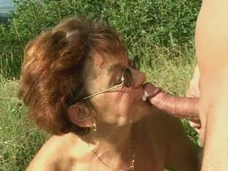 Amateur Blowjob Cumshot Glasses Outdoor Swallow