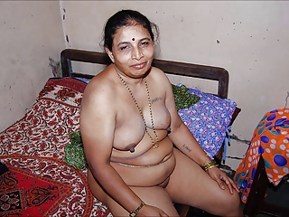 Amateur Chubby Indian Mature Nipples