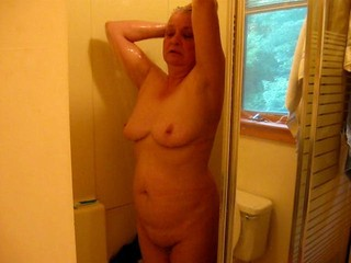 Amateur Chubby Homemade Showers
