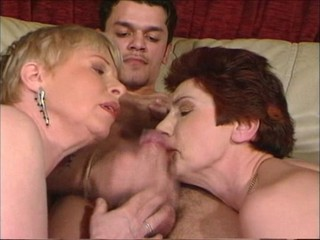 Blowjob Mature Threesome