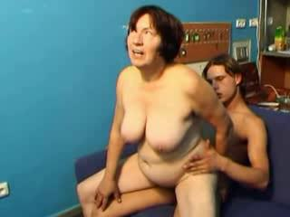 Big Tits Chubby Mom Natural Old And Young Riding