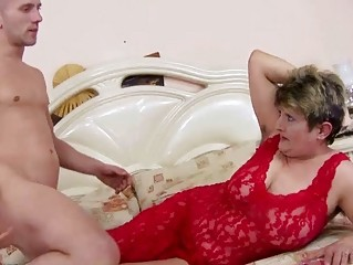 Big Tits Lingerie Mom Natural Old And Young