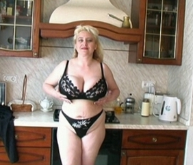 Big Tits Chubby Kitchen Lingerie Mature Natural