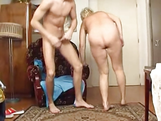 Amateur Homemade Mom Old And Young