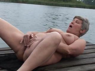 Amateur Beach Masturbating Outdoor Solo