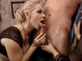 Blowjob European German Mature Threesome