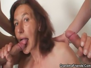 Blowjob Mom Old And Young Skinny Threesome
