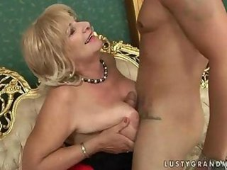 Mom Old And Young Tits Job