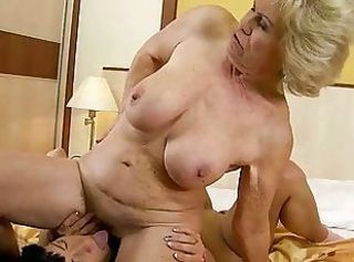 Big Tits Facesitting Lesbian Licking Natural Old And Young