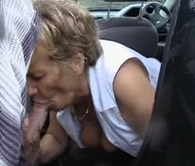 Amateur Blowjob Car Old And Young