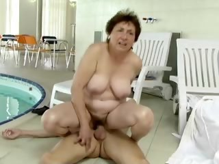 Chubby Hairy Mom Old And Young Pool Riding