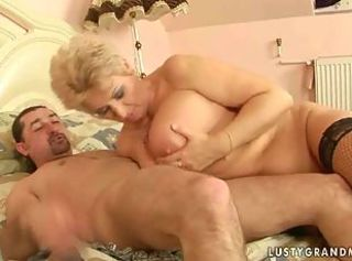 Big Tits Mom Natural Old And Young Tits Job
