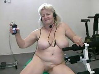 Amateur Big Tits Chubby Natural  Sport