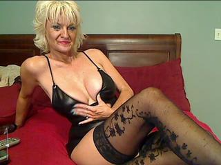 Big Tits Blonde Mature Stockings Webcam