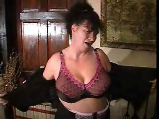 Big Tits Lingerie Mature Natural Stripper