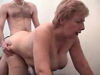 Big Tits Doggystyle Hardcore Mom Natural Old And Young