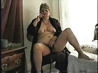 Amateur Chubby Homemade Masturbating  Smoking