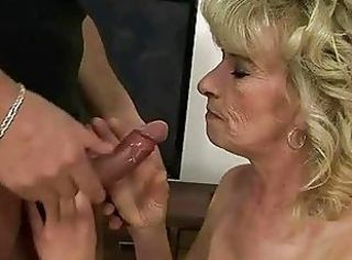 Blowjob Mom Old And Young