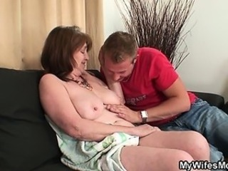 Big Tits Chubby Mom Natural Old And Young