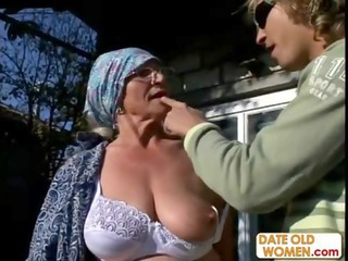 Big Tits Glasses Lingerie Mom Natural Old And Young