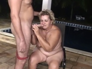 Big Cock Blowjob Pool
