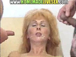 Amateur Cumshot Facial Threesome