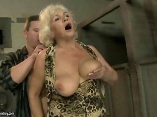 Big Tits Mom Natural Old And Young  Toilet