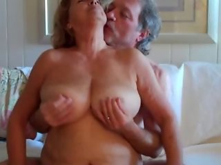 Amateur Big Tits Chubby Homemade Natural Nipples Older Wife