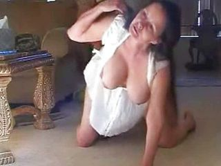 Amateur Mature Natural Wife