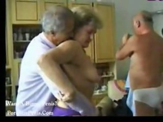 Amateur Cuckold Homemade Older Wife