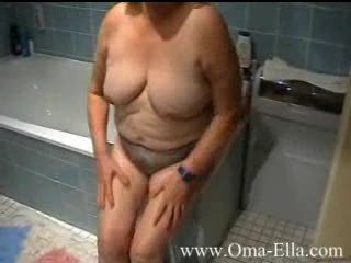 Amateur Bathroom Big Tits Chubby Natural