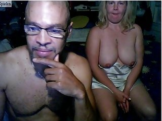 Big Tits Mature Mom Natural Old And Young  Webcam