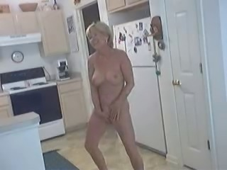 Amateur Homemade Kitchen Masturbating
