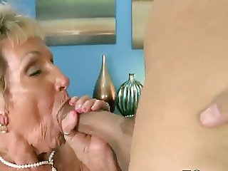 Big Cock Blowjob Mom Old And Young
