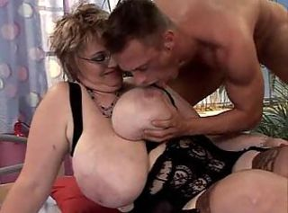 Big Tits Glasses Mature Mom Natural Old And Young