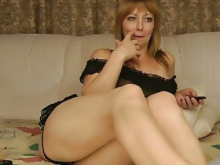 Mature Solo Webcam