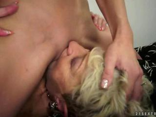 Facesitting Lesbian Licking Old And Young