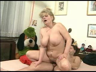 Big Tits Chubby Natural Old And Young Riding