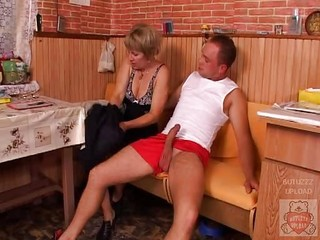 Big Cock Kitchen Mature Mom Old And Young