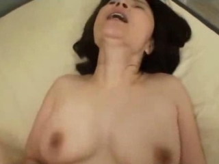 Amateur Brunette Homemade Orgasm