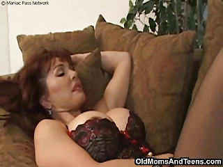 Big Tits Lingerie Mature Mom Old And Young Redhead