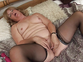 Masturbating Orgasm Shaved Solo Stockings