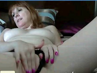 Masturbating Mature Mom Webcam