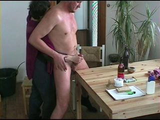 Amateur Drunk Handjob Homemade
