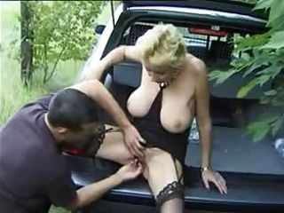Amateur Car Fisting Outdoor