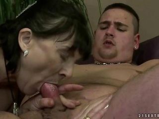 Blowjob Mom Old And Young Small Cock